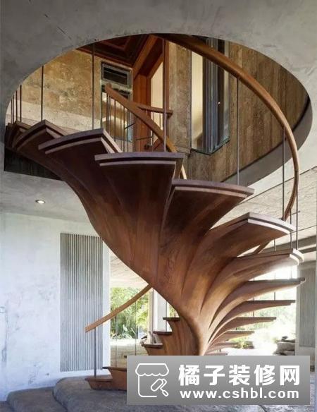 伦敦创意建筑师设计小房子 迷你百变造型实用前卫
