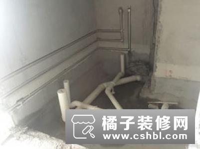 卫生间装个隐形地漏实用极了 隐形地漏优缺点分析